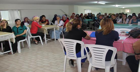 100 Kadına Tekstil İşi