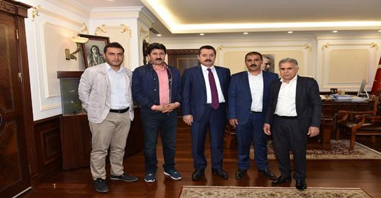 Şanlıurfaspor Yönetimi Bakan Çelik'i Ziyaret Etti