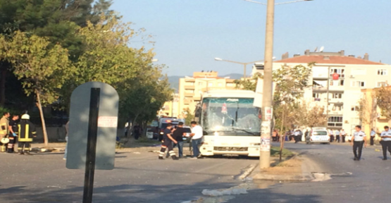 İzmir'de servis aracında patlama