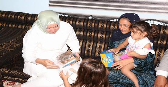 Bakan Kaya Harranlı Şehit Taş Ailesini Ziyaret Etti