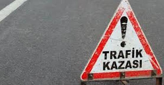 Şanlıurfa'da Motosiklet Otomobili Çarptı, 1 Ölü