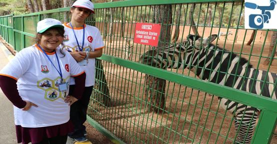 110 Engelli Hayvanat Bahçesi'ni görme ve gezme fırsatı buldu