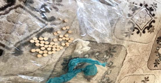 Urfa'da Akaryakıt İstasyonunda  Uyuşturucu Hap Ele Geçirildi