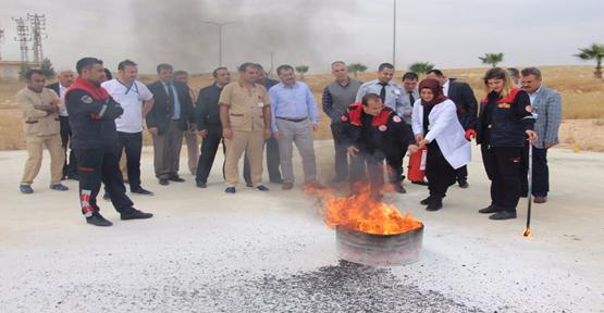 Hastanesi Personellerine Yangın Eğitimi Verilip Tatbikat Yapıldı