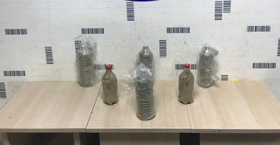 Urfa'da pet şişede esrar sevkiyatı