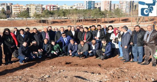 Urfa'da Gazeteciler Fidan Dikti