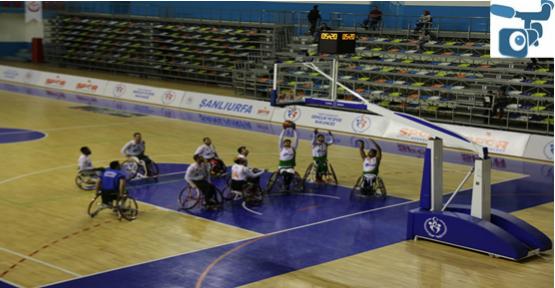 K.K.T.C Turkcell Tekerlekli Basketbol takımını yenerek liderliğini sürdürdü.