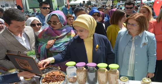Emine Erdoğan, Yerel Tohum Buluşmasına Katıldı