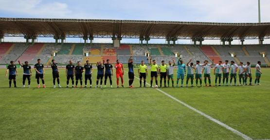 Karaköprü Tepecikspor'a 3-1 mağlup oldu