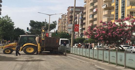 Urfa'da Hatalı Kazı Yeraltı Kablolarını Patlattı