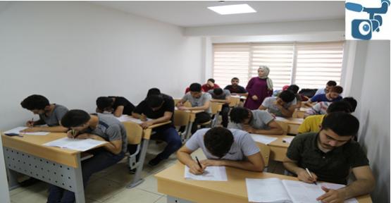 Haliliye Belediyesi, Öğrencileri YKS'ye Hazırlıyor