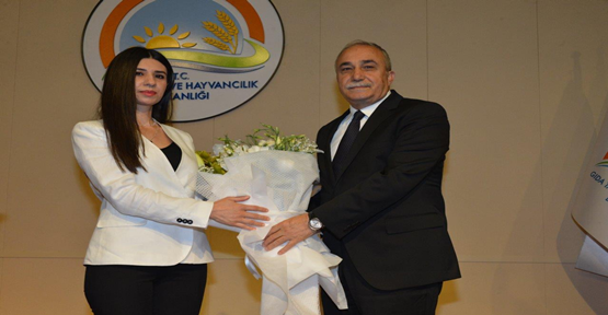 Bakan Fakıbaba, Bakanlık Çalışanlarıyla Vedalaştı