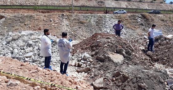 Şanlıurfa'da Toprağa Gömülü Bulunan Çocuğun Annesi Tutuklandı