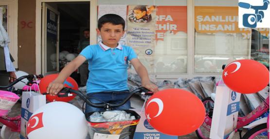 Urfa'da 69 Yetim Çocuğa Bisiklet Dağıtıldı