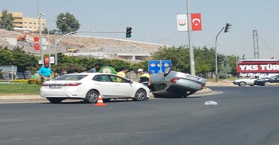 Urfa Çevre Yolunda Otomobil Takla Attı, 1 Yaralı
