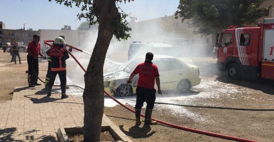 Şanlurfa'da Otomobil Alev Aldı