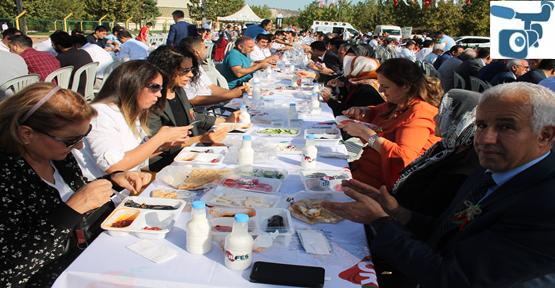 Festival İsot Kahvaltısı Ve Yürüyüşle Başladı