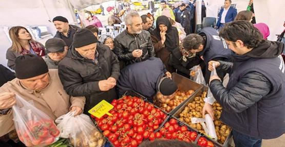 Fiyatlar Dibe Vurdu! Marketler 2 Kilo Sınırı Getirdi
