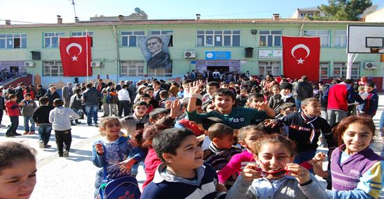 Urfa'da 700 Bin Öğrenci İçin Ders Zili Çaldı