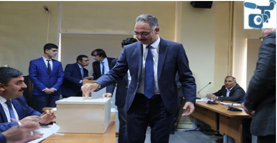 Başkan Kuş, Alınacak Kararların Eyyübiye'ye Hayırlar Getirmesini Temenni Etti