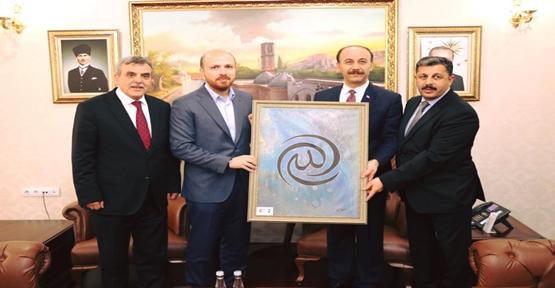Erdoğan, Şanlıurfa Valiliğini Ziyaret Etti