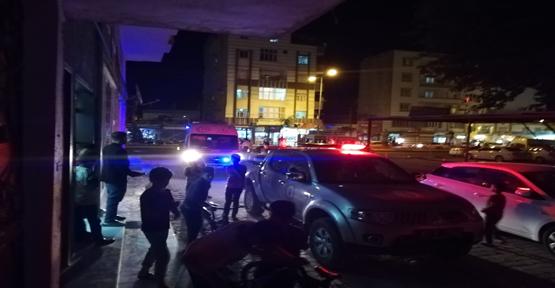 Akçakale'de Asansörde Mahsur Kalan 6 Kişiyi İtfaiye Kurtardı