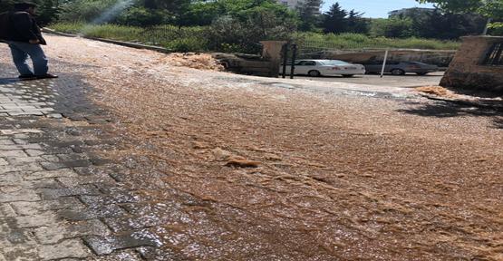 Karaköprü'de 6 Aydır Akan Suya Çare Bulunmadı