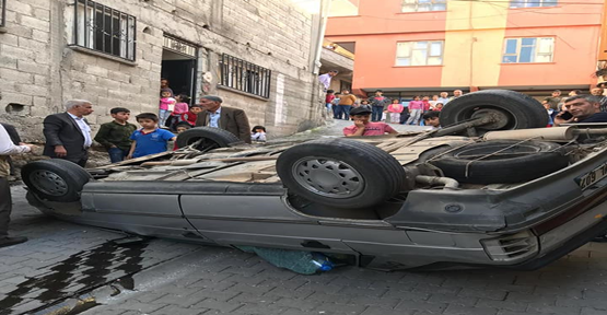 Şanlıurfa'da Virajı Alamayan Araç Takla Attı, 1 Yaralı