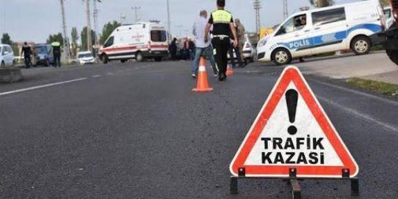 Şanlıurfa'dan Uşak'a Giden İşçi Minibüsü Kaza Yaptı; 9 Yaralı