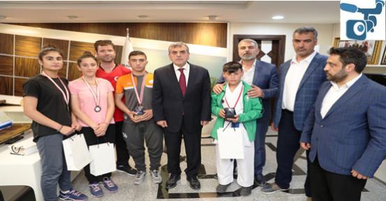 Urfalı Sporcular Ödülleri Topluyor