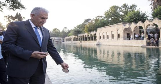 Eski Başbakan Urfa'ya Geliyor