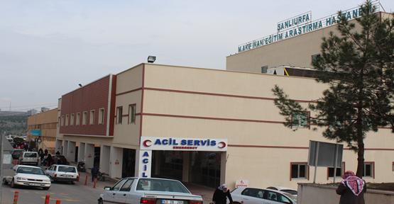 Urfa'da Otomobil Hafif Ticari Araç İle Çarpıştı, 1 Ölü, 2 Yaralı