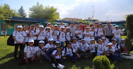 Eyyübiye Belediyesi, Eyyübiyeli Gençleri Yaz Kampına Gönderdi.