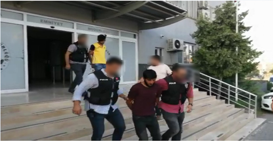 Polisi Şehit Eden Ve İki Vatandaşı Öldüren Zanlı Sahte Kimlikle Urfa'da Yakalandı