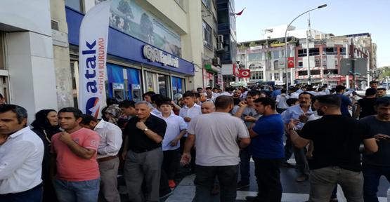 Urfa'da 4 Bin Kişiye Et Döner Dağıtıldı