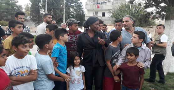 Della Miles Suriye Sınırda