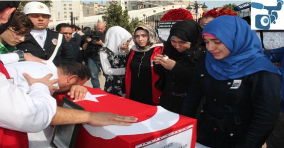 Şehit Düşen 9 Aylık Bebek Muhammed Omar' Arapça Ağıt