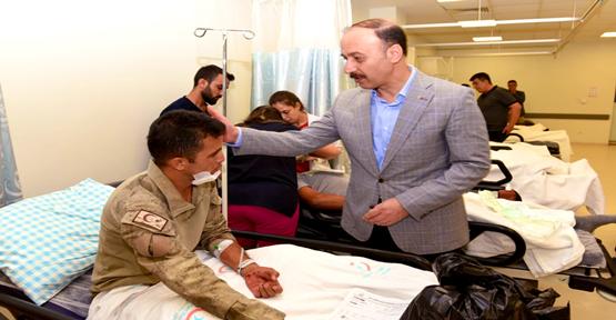 Urfa'da Askeri Midibüs İle TIR Çarpıştı: 1 Asker Şehit Oldu