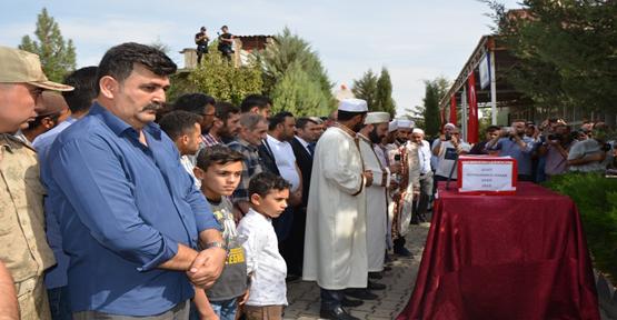Urfa'da Şehit Düşen 9 Aylık Bebeğin Ailesi Yürek Dağladı!