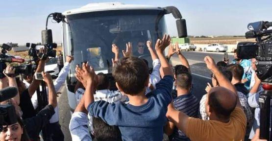 Vatandaşlardan Sınıra Giden Askerlere Sevgi Seli