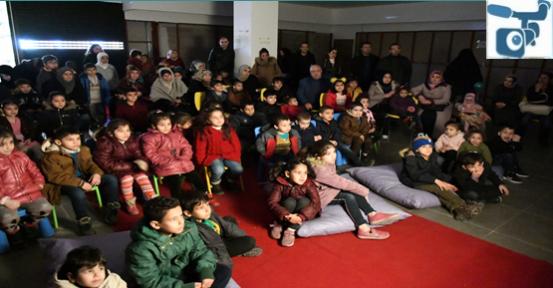 Şanlıurfa'da Hacivat Ve Karagöz'e Çocuklardan Yoğun İlgi