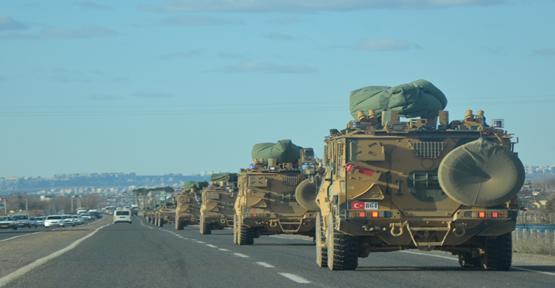 Çok Sayıda Zırhlı Askeri Araç Hatay'a Sevk Edildi