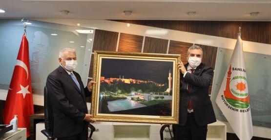 Binali Yıldırım'dan Başkan Beyazgül'e Ziyaret