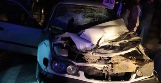 Akçakale'de otomobil ile biçerdöver çarpıştı: 1 ölü, 2 yaralı