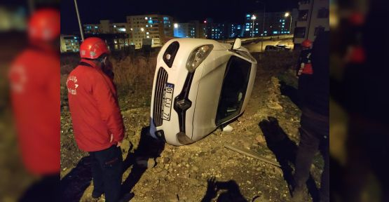 Şanlıurfa'da otomobil takla attı