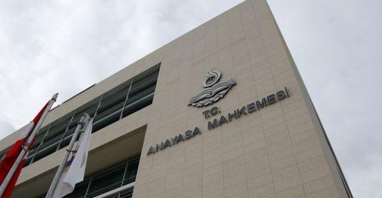 Anayasa Mahkemesi 3 Tutuklu Vekili Daha Haklı Buldu