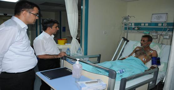 Aslan Ege'yi Hastanede Ziyaret Etti