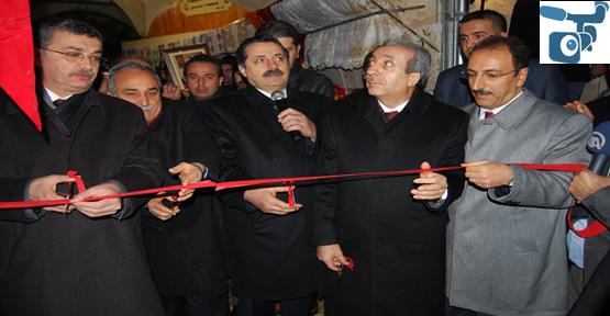 Bakan Çelik ve Eker Tarihi Hanların Açılışını Yaptı.