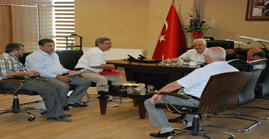 Başkan Ertekin'e Plaket