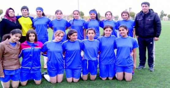 Bayan Futbol Takımımız Van'da Coştu